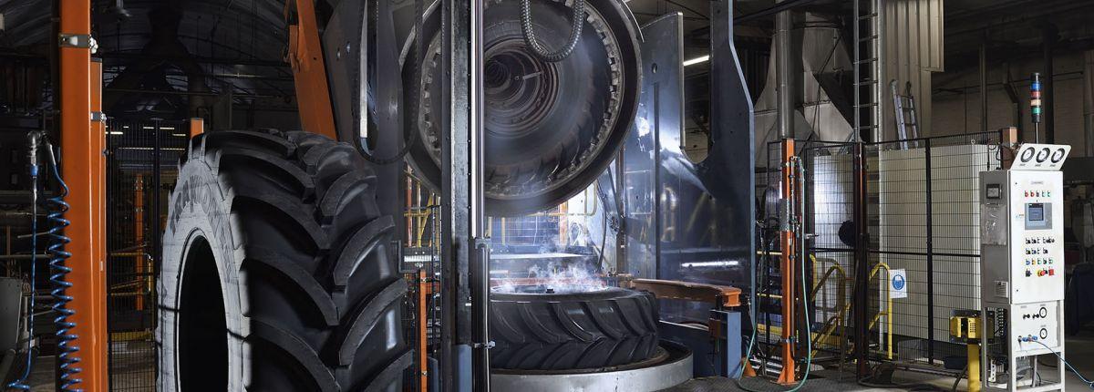 Apollo Vredestein: le manufacturier étend ses capacités de production de pneus agricoles en Europe