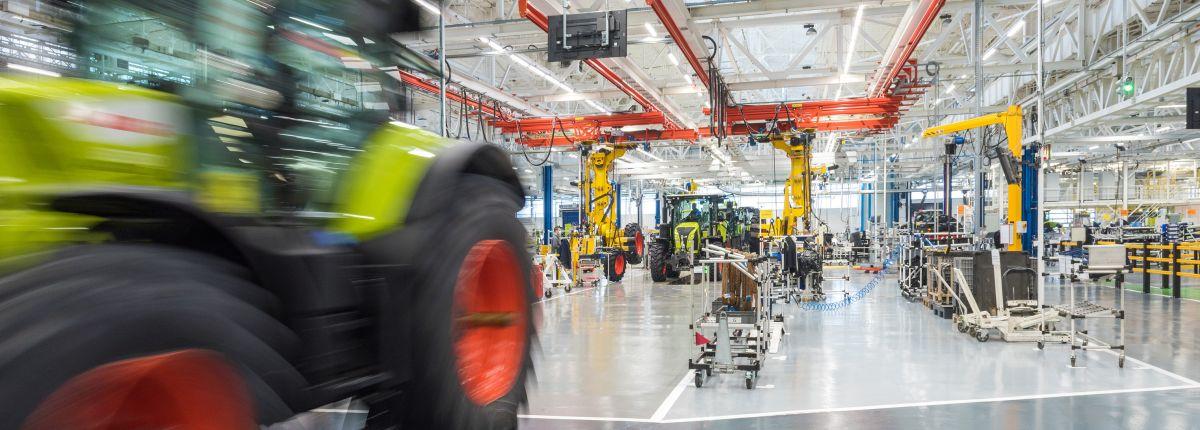 Claas: l'usine de tracteurs du Mans modernisée et tournée vers le futur.