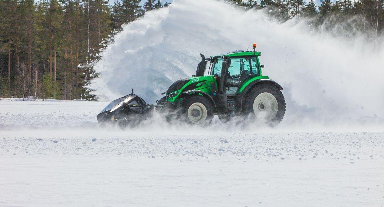 Le Valtra T251 a inscrit un record sur neige et sans chauffeur !
