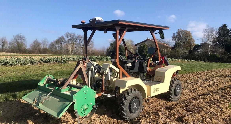 Les tracteurs électriques Alpo reçoivent du guidage Trimble.