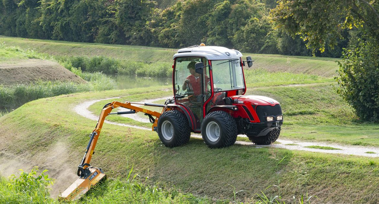 Le TRX 5800, un tracteur agile et stable.