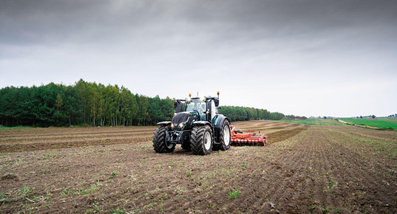 Des tracteurs téléguidés à plus de 100 km grâce à la 5G.