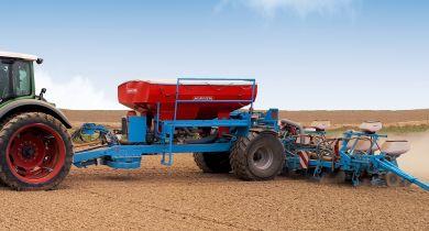Le Cart fertiliseur CT 3500 peut être équipé de roues jumelées 270/95 R32. © Monosem