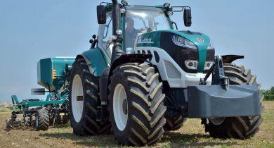 La série 7000 se dévoile à Agritechnica.