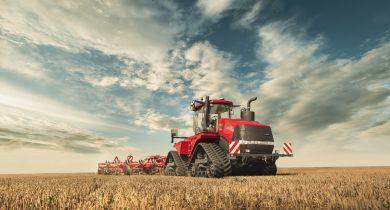 Case IH: cabine revisitée et connectivité pour les nouveaux tracteurs Quadtrac et Steiger