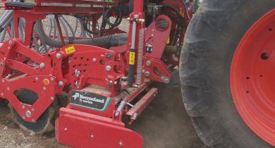 La herse rotative S series pour les tracteurs jusqu'à 250 chevaux.