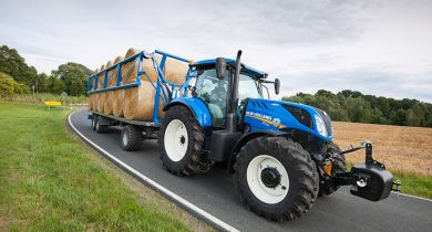New Holland T7 225