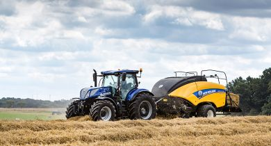 new Holland T7 230