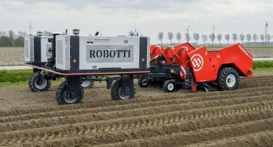 Dewulf: une planteuse de pommes de terre autonome à l'étude